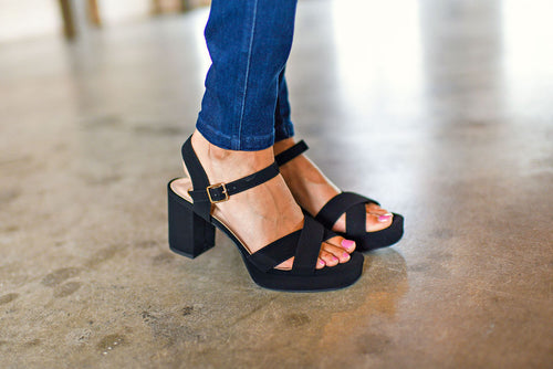 The Very Thing Sandal in Black
