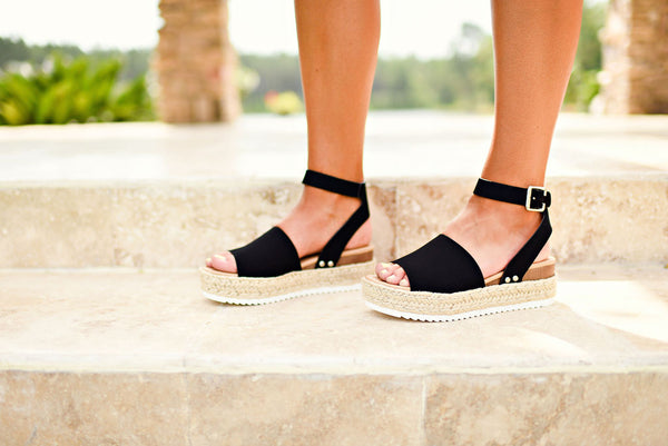Everyday Occasion Platforms in Black