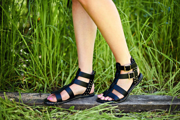 Weekend Warrior Sandals in Black