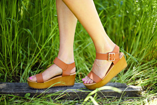 Step Right Up Wedge in Tan