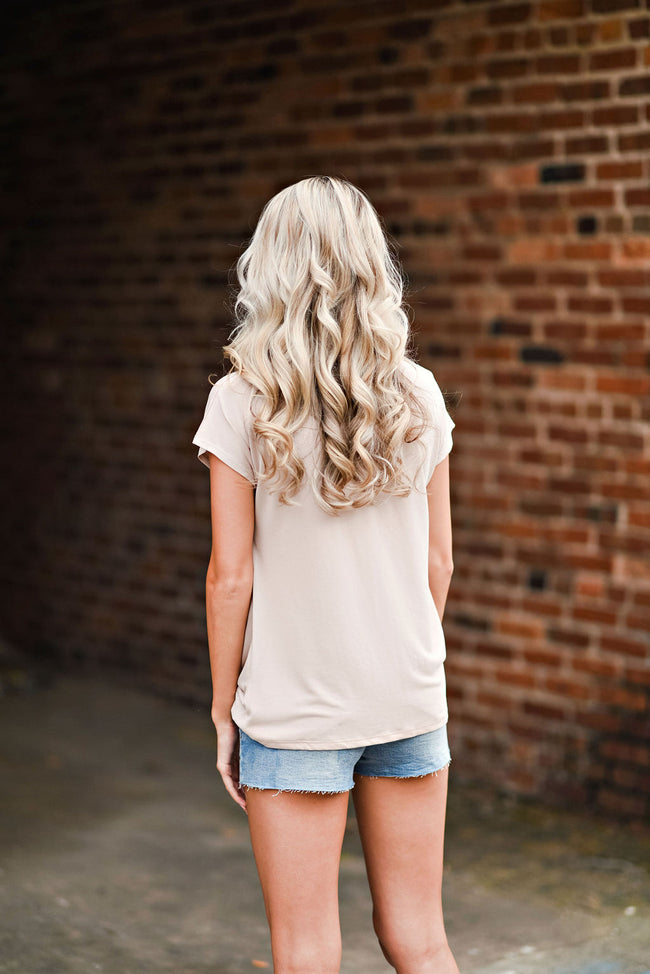 Casually Twisted Tee in Tan