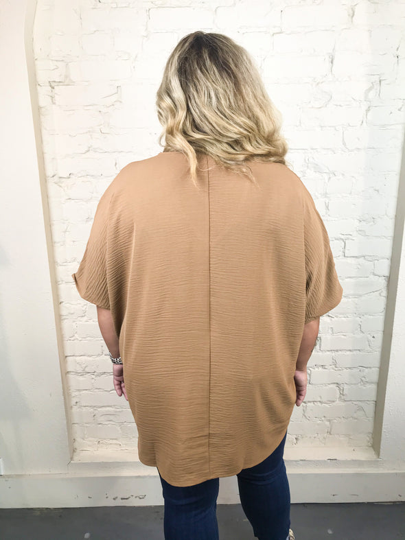 You Make It Easy Curvey Top in Deep Camel