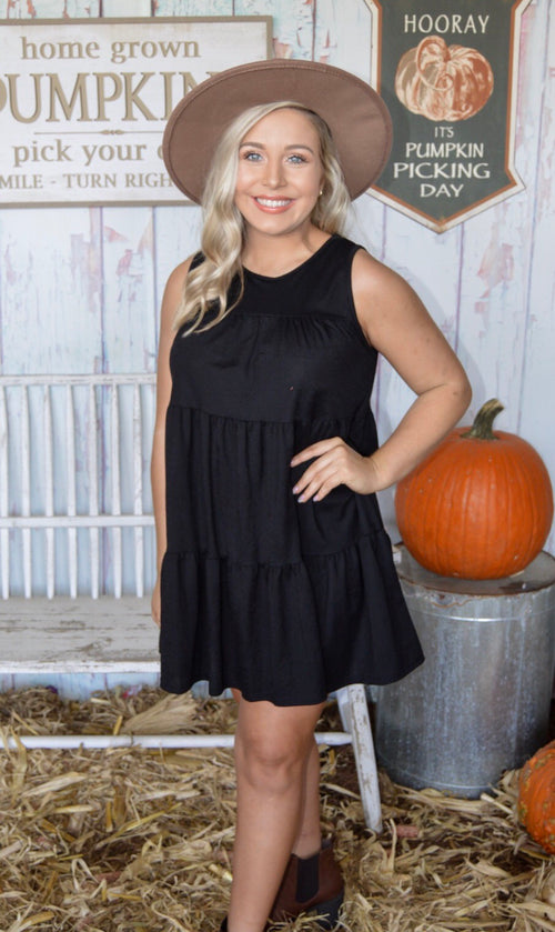 Coming Alive Dress in Black