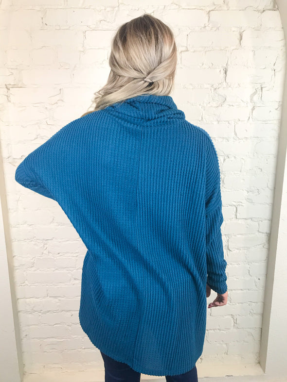 Fall Morning Top in Teal