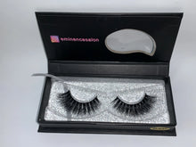 Load image into Gallery viewer, Bella 3D Mink Lashes