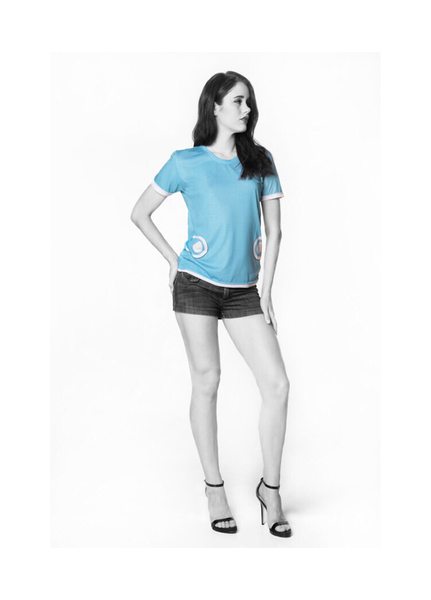 Baby Blue Must-Have T-En Vogue. Pre-order.