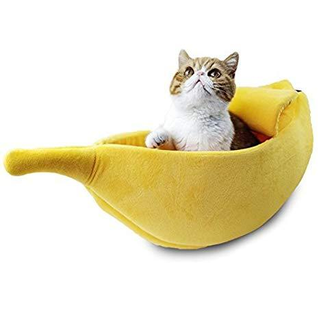 Banana Cat Bed - Bow Chicka Meow Meow