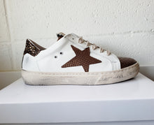 Load image into Gallery viewer, Bronze Star Sneaker