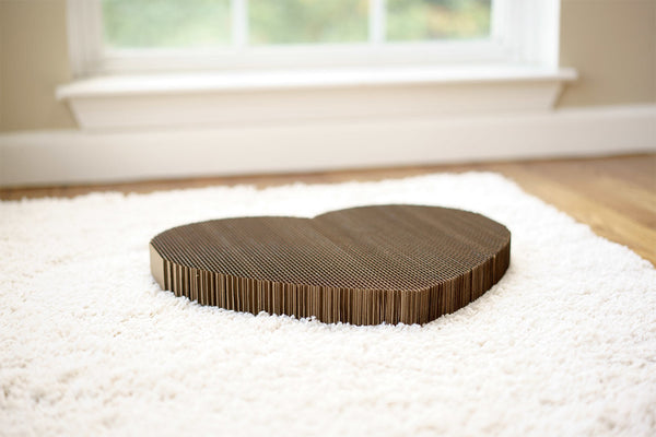 Heart shaped Americat cat scratching pad
