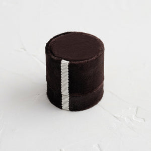 Antique Velvet Ring Box in Chocolate