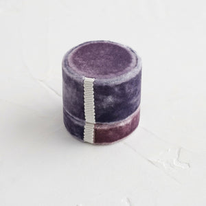 Antique Velvet Ring Box in Periwinkle