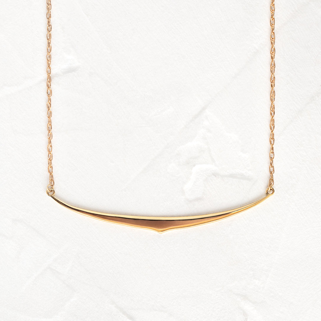 Arc Collar Necklace