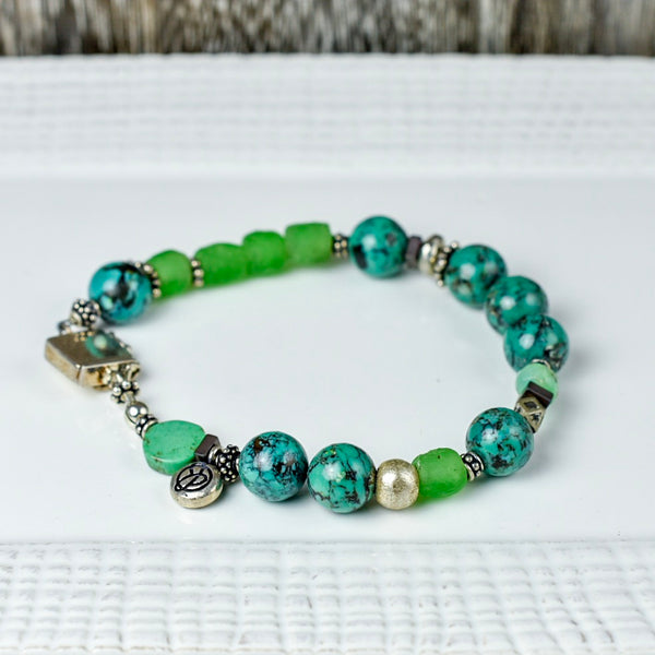 Green Agate and Recycled Glass Bracelet