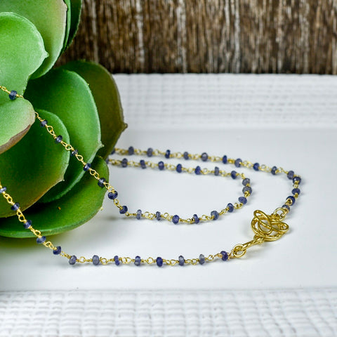 Mia Iolite in Gold