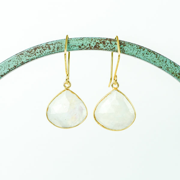 Bezel-Set Moonstone on Geometric Gold Tops