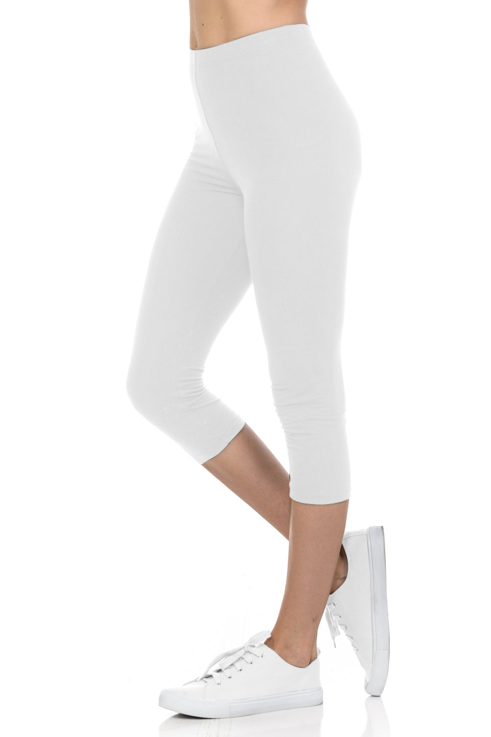 bluensquare Women's Plus Size Capri Leggings Premium Soft and Stretched Cropped legging- White