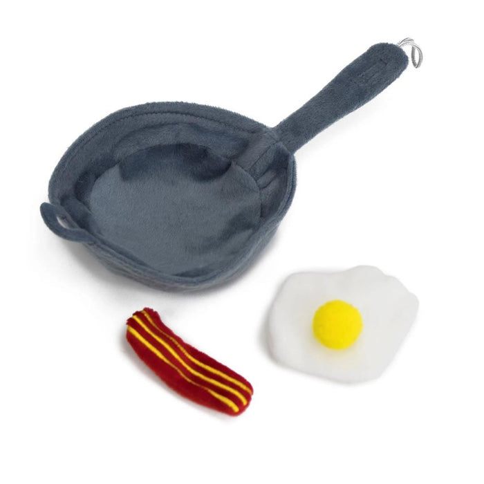 Kitchen Collection-Frying Pan w/ Egg & Catnip Pouch