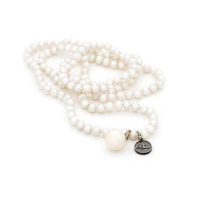 Statement styling - Issi Pearl Necklace