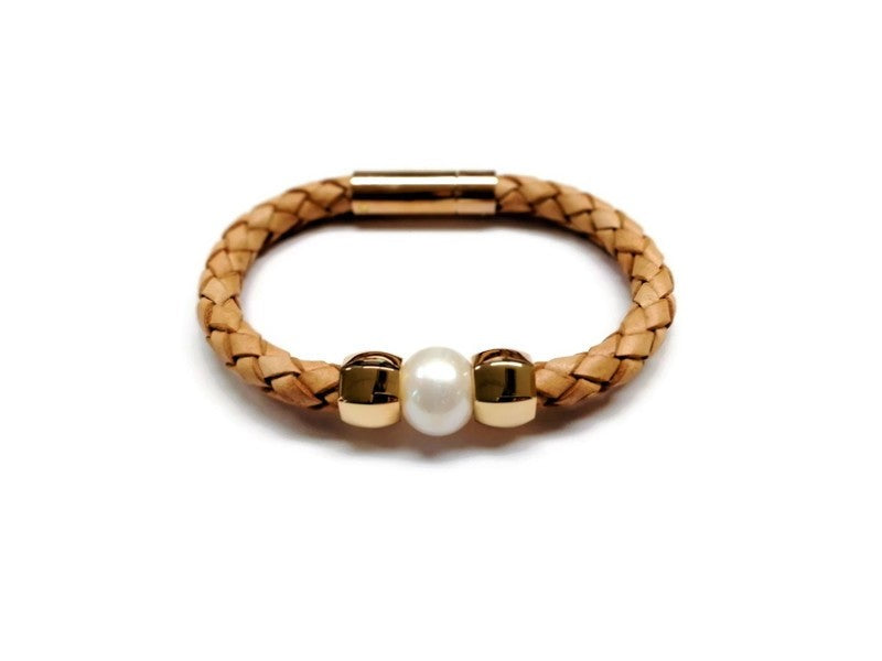 New ! Natural Leather and Pearl Bracelet-Cindy  sold out
