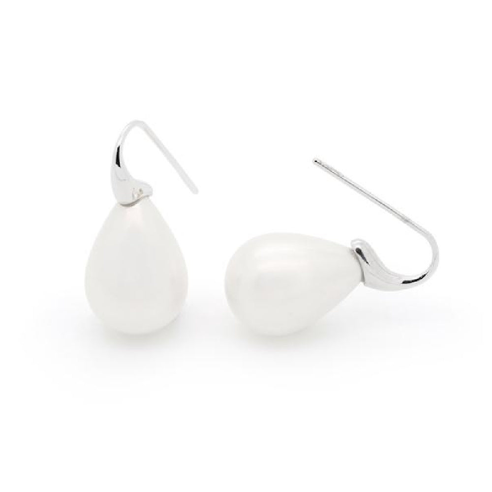 white-freshwater-pearl-drop-earrings