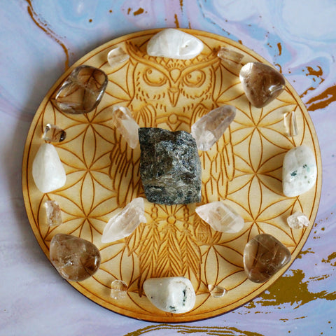 Setting Intentions Owl Crystal Grid Set