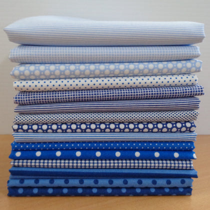 15 A Day in the Country BLUE Fat Quarters