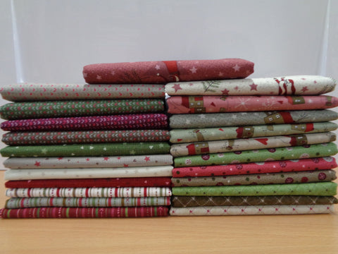 23 Winter Village Fat Quarters