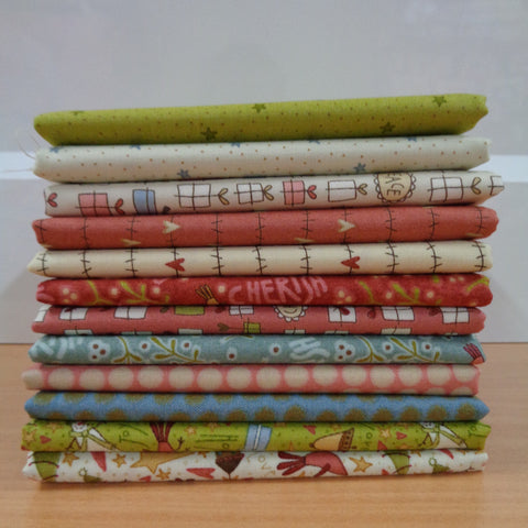 12 Under the mistletoe Fat Quarters