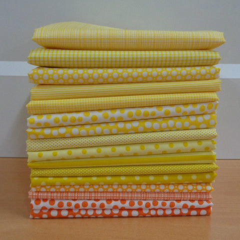 16 A Day in the Country YELLOW Fat Quarters
