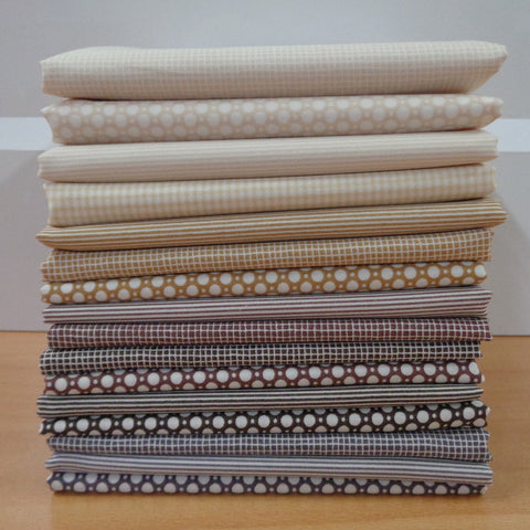 16 A Day in the Country BROWN Fat Quarters