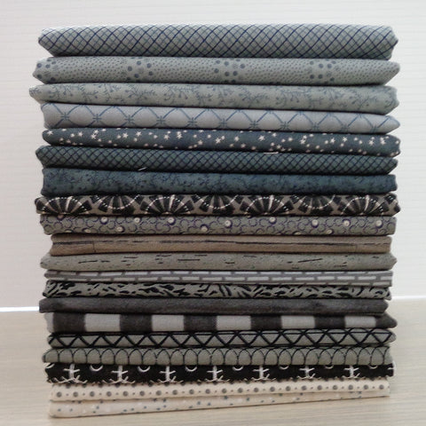 20 Moda Blue's & Greys Fat Quarters