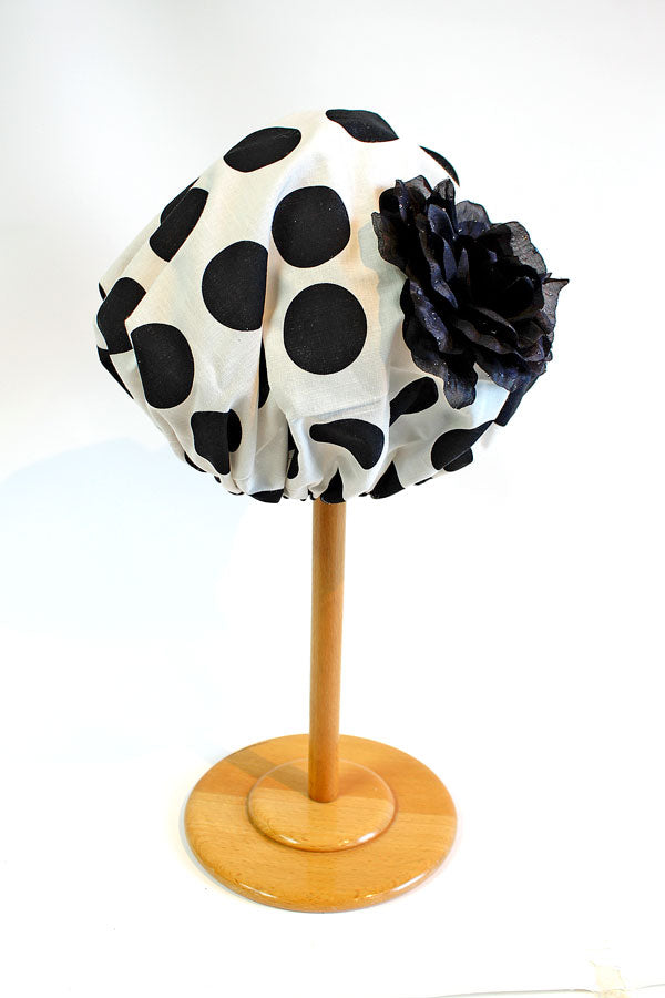 Shower Cap in Signature Black Dot with Black Rose