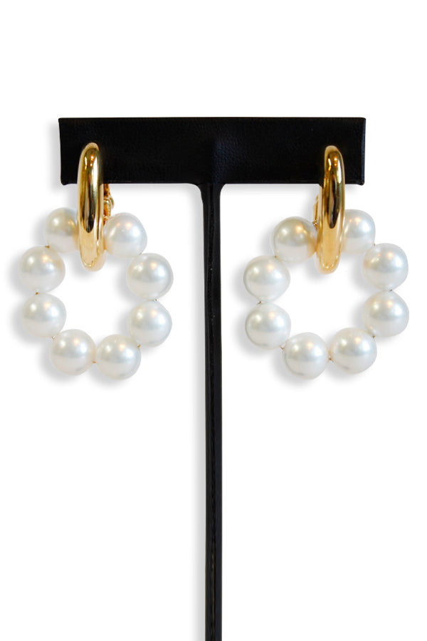 Kenneth Jay Lane Gold With Shell Pearls Doorkocker Clutchless Earring