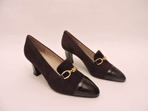 High Front Suede And Cocco Patent Leather Pump Shoe