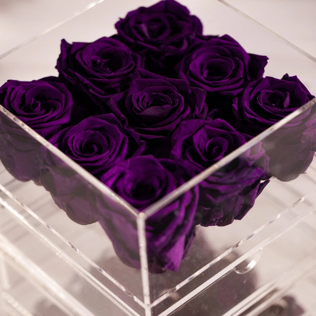 9 purple preserved roses in jewellery organiser - Amaranté London