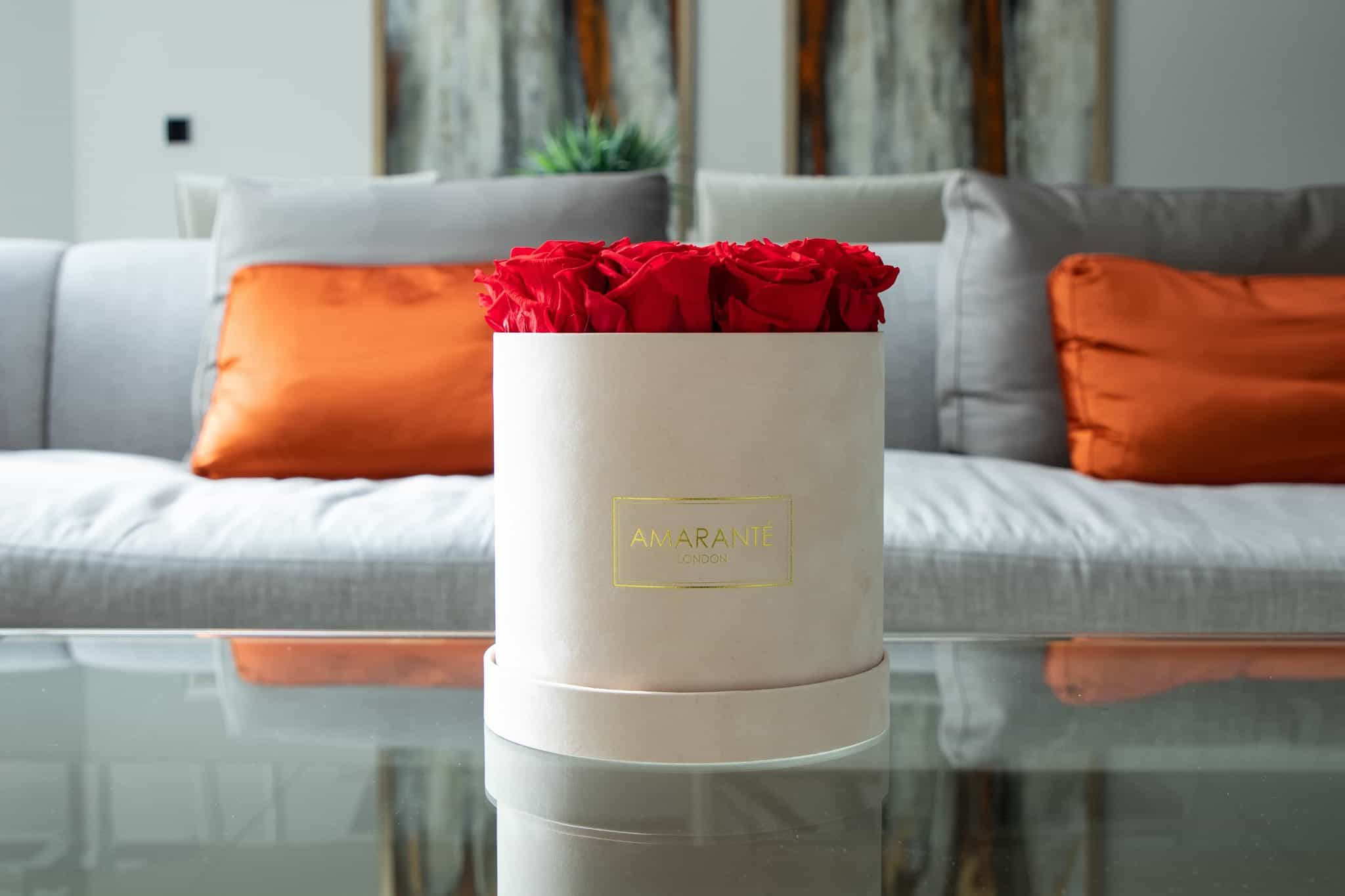Forever roses in hatbox for - flowers for same-day delivery in London by Amaranté London