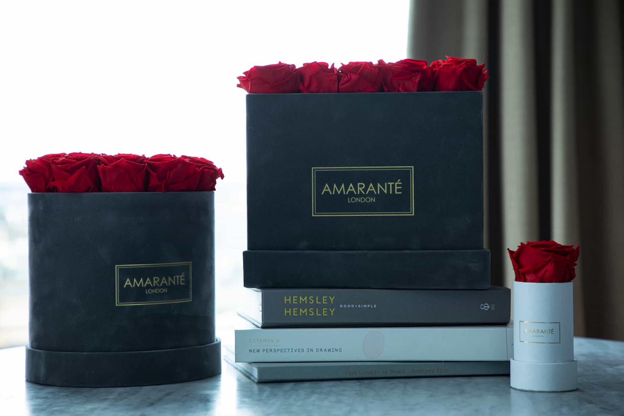 Amaranté London Forever Roses and Dried Flowers