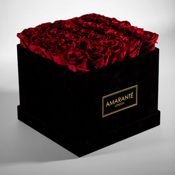 Large Square Hatbox with Red Roses