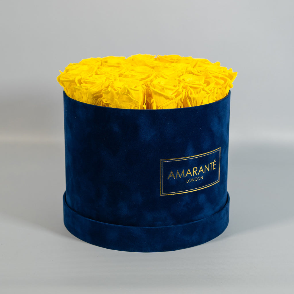 Preserving Wedding Flowers: yellow roses in a round hatbox