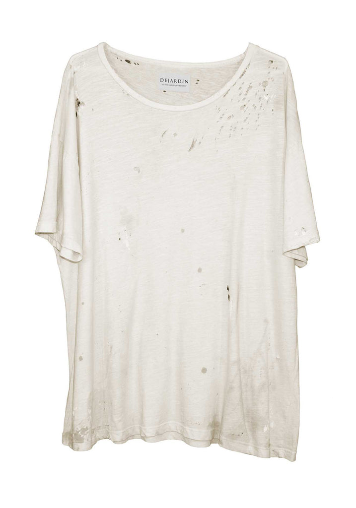 SIMPLE DISTRESSED TEE