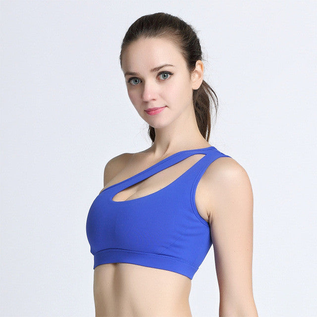 bcb32c3e4fd5f ... 2017 Sexy One Shoulder Solid Sports Bra Women Fitness Yoga Bras Gym  Padded Sport Top Athletic ...