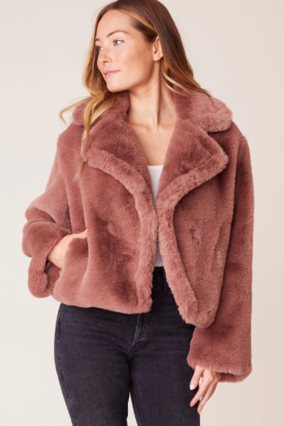 BB dakota big time plush faux fur jacket. Jolie folie boutique