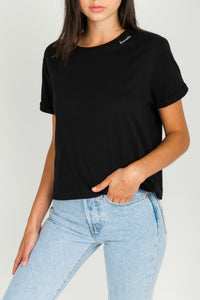 """BRUNETTE"" Embroidered Cropped Tee 