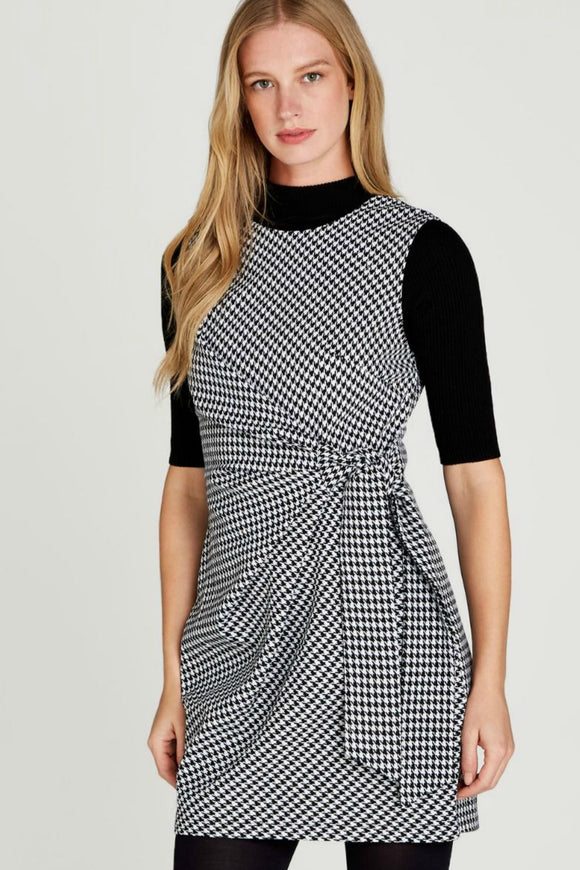 Houndstooth Side Knot Dress | Apricot
