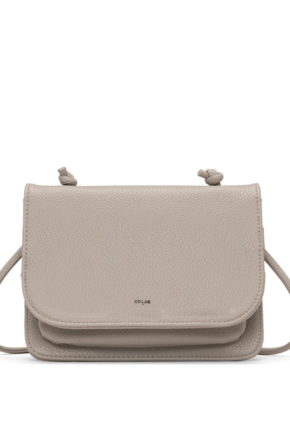 Lola Crossbody Carryall - Mouse | Colab