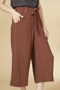 Women's wide leg linen pants. Jolie folie boutique