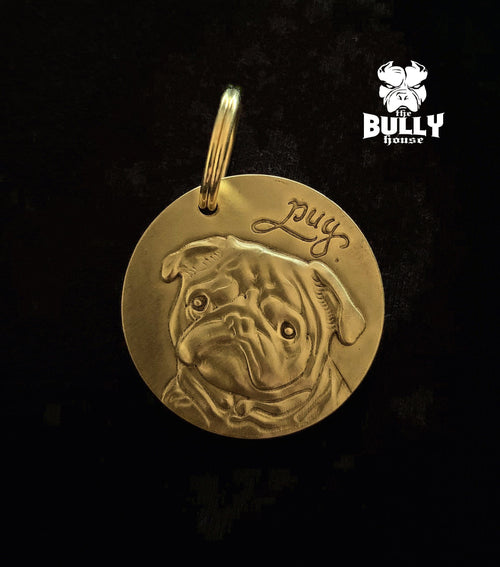 PUG MEDALLION - GOLD - 3cm big (free shipping in AUST)