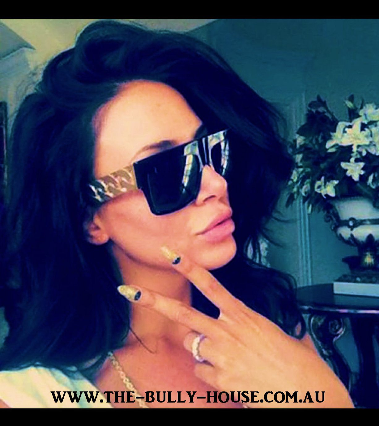 CUBAN LINK Sunglasses - Gold / Black - Unisex - by -THE BULLY HOUSE