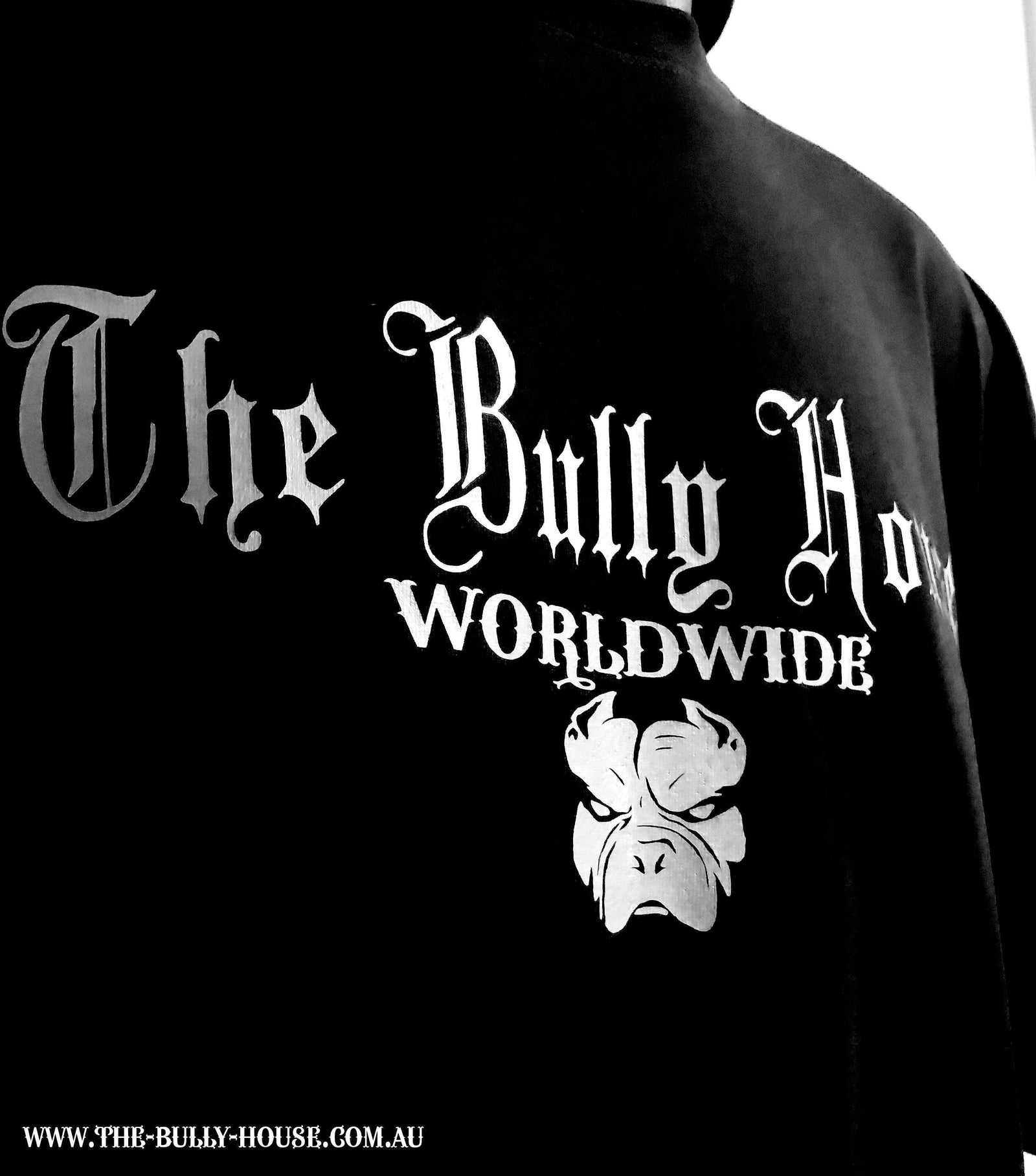 The Bully House -- MEDALLION -- T-Shirt - MENS  CUT // White Print