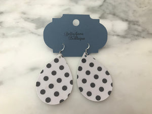 White Dot Teardrop Earring